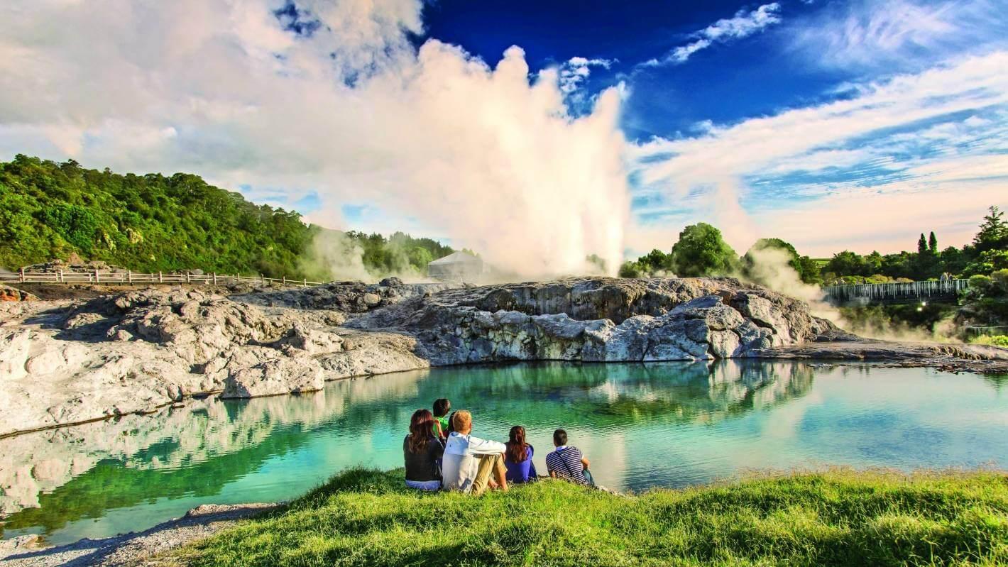 Đến Rotorua trải nghiệm những điều thú vị